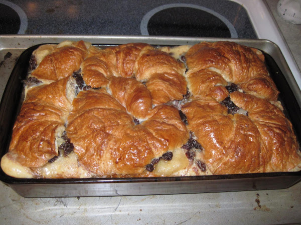 Croissant Apple Raisin Bread Pudding Recipe