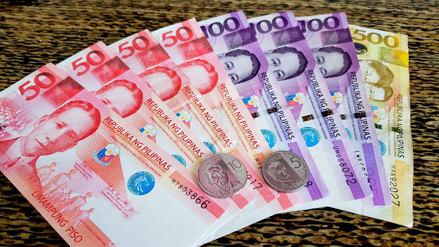1,000 Philippine pesos (about $20 USD)