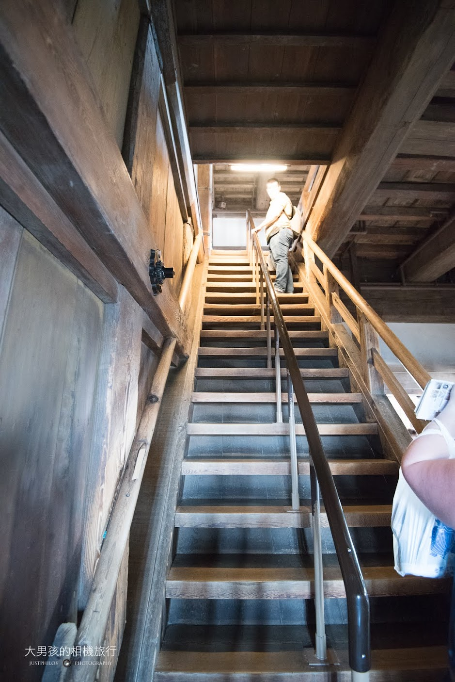 天守閣一共有六層樓,因為不破壞本體結構的關係,樓梯還滿抖的,登頂時要特別小心。