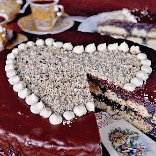 Valentine Unbaked Poppy Cake With Walnuts And Flax Seeds