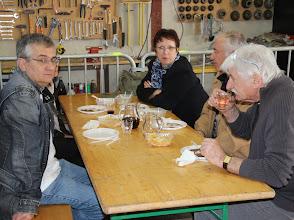 Photo: Sympathique réunion d'anciens parents de coureur.