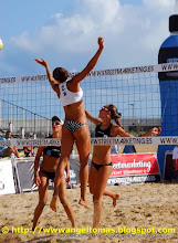 Photo: TORNEO MUNDIAL VOLEY FEMENINO LAREDO
