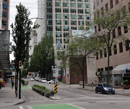Photo: Exemplary bike lanes in downtown Vancouver.