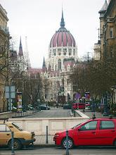 Photo: Parlament od strony Placu Wolności (Szabadság tér)