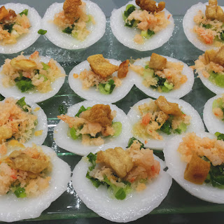 Bánh Bèo (Steamed Rice Cake with Shrimp and Pork Rinds/Fats).