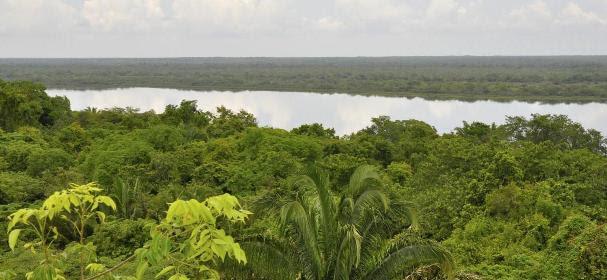 Burrell Boom, Belize