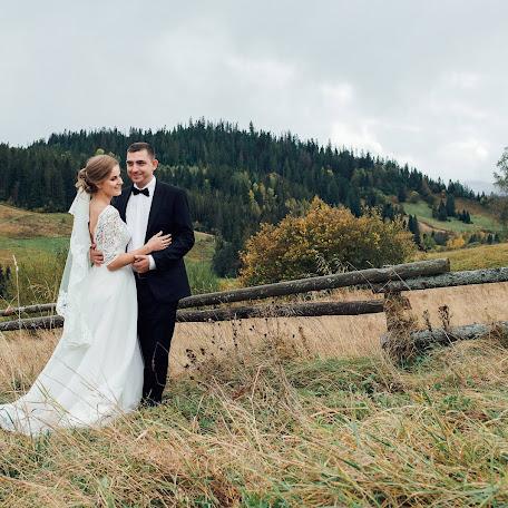 Wedding photographer Dmitro Lisyuk (dimontito). Photo of 29.11.2017
