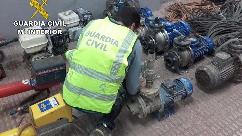 Detenidos por el robo de 13 motores de riego en El Ejido y Vícar