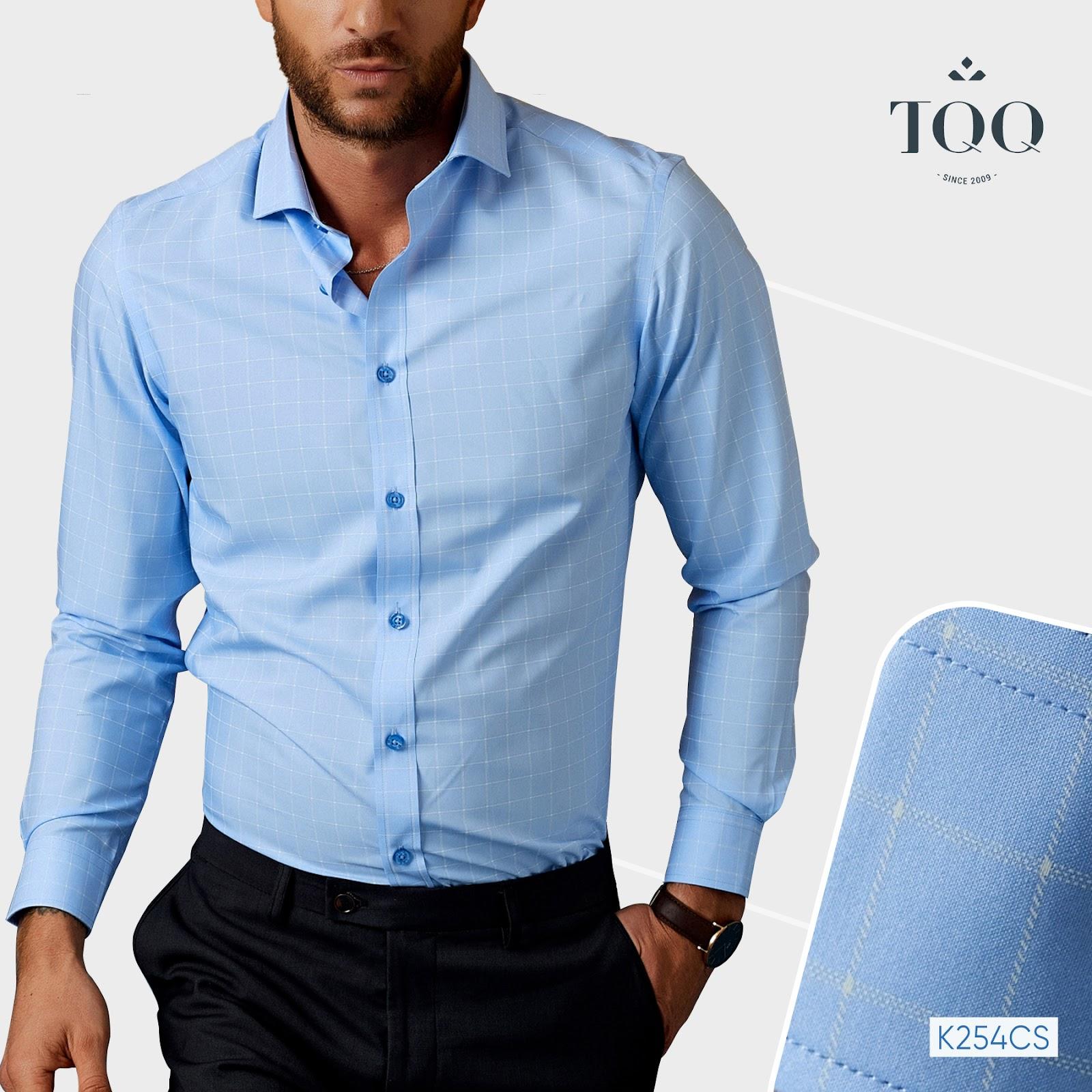 Thiết kế phối kẻ ô trên nền xanh mang đến vẻ thanh lịch cùng phong thái tự tin cho mọi quý ông