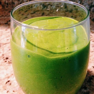 Detoxifying Green Tea Smoothie