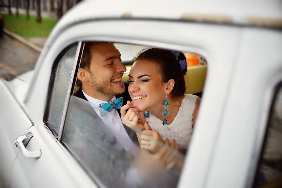 Свадебный фотограф Антон Бронзов (Bronzov). Фотография от 17.09.2014