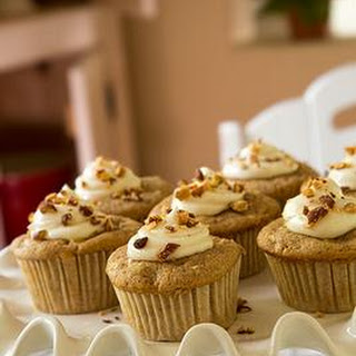 Apple Cupcakes with Cream Cheese Filling