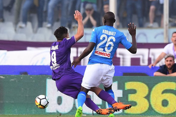 ? L'arbitre vidéo joue un rôle crucial dans le match importantissime de Naples à la Fiorentina