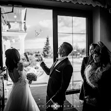 Wedding photographer Marcin Łabuda (marcinlabuda). Photo of 16.03.2017