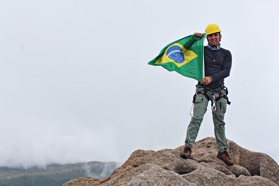 Pico das Agulhas Negras, 2790,94m, Quinta Montanha mais alta do Brasil. Parque Nacional do Itatiaia. Rio de Janeiro, Brasil. Maurício Marcos.