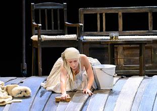 Photo: WIEN/ Burgtheater: WASSA SCHELESNOWA von Maxim Gorki. Premiere22.10.2015. Inszenierung: Andreas Kriegenburg. Alina Fritsch, Copyright: Barbara Zeininger