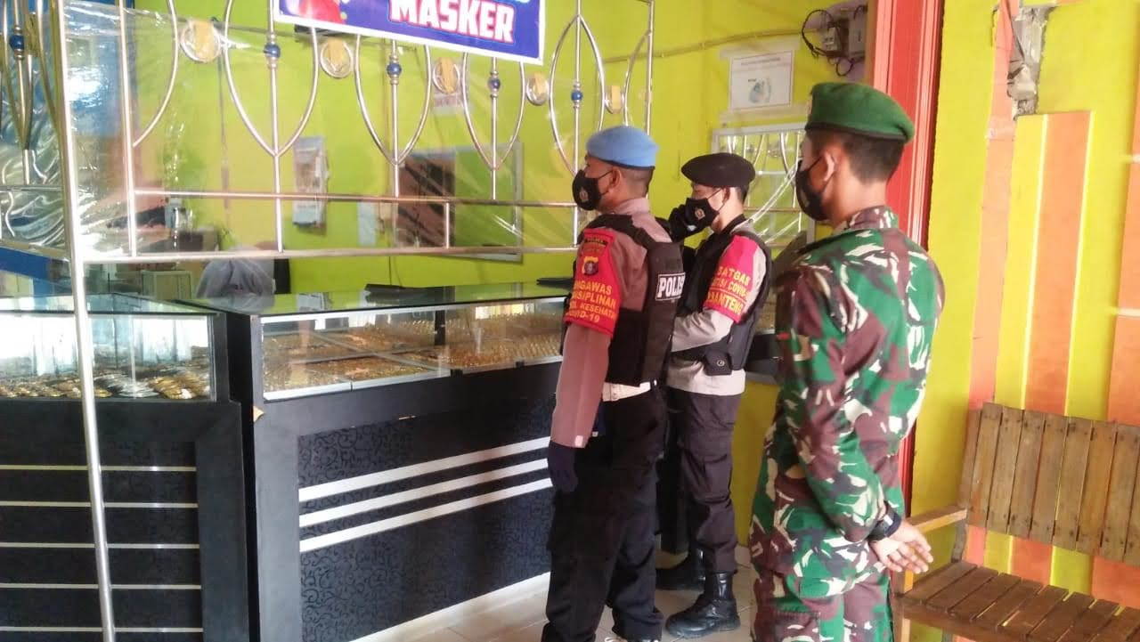Tingkatkan Patroli Ke Toko Emas, Polsek Pangkalan Banteng Antisipasi Gangguan Kamtibmas
