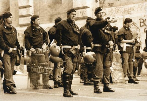Manifestazioni....di potere di barbaram_77