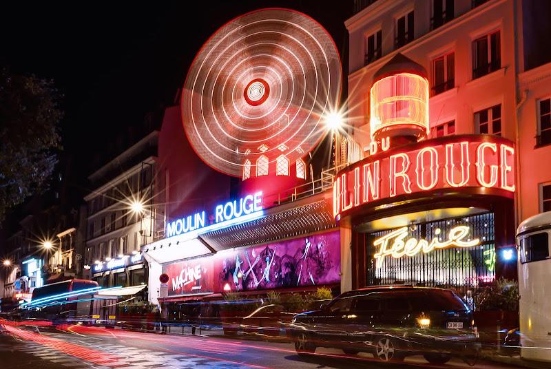 Una serata al Moulin Rouge. di Domenico Lacava