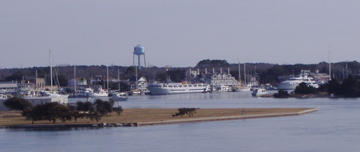 Photo: Yachts on the Beaufort Waterfront