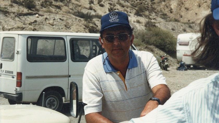 Diego Fernández en la Rambla Indalecio, durante el rodaje de 'Indiana Jones y la última cruzada' en 1988.