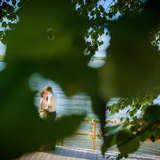 Wedding photographer Denis Zaporozhcev (red-feniks). Photo of 10.08.2014