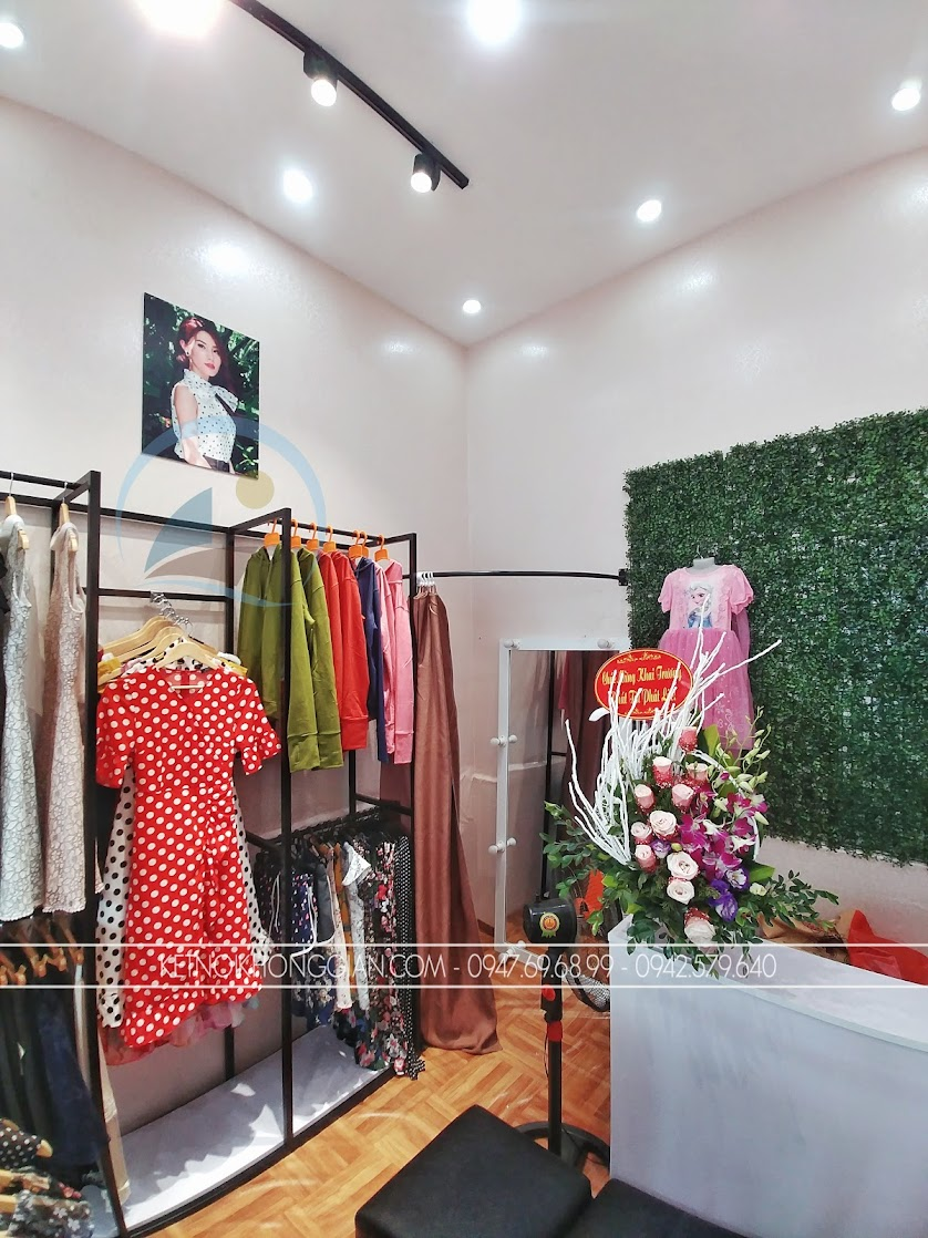 thiết kế shop thời trang rẻ đẹp hiện đại