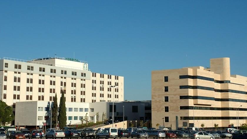 Fachada del Hospital Universitario Reina Sofía de Córdoba.