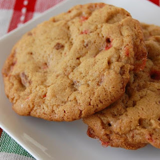 Candy Cane Roca Cookie