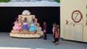 Photo: Bühnenbild Burgspiele Güssing - Puppen