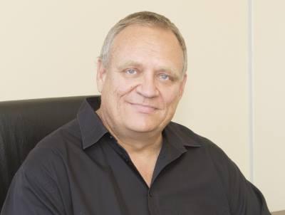 Gary Carter, Chairman of DAC Systems.