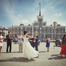 Wedding photographer Viktoriya Rendom-Savinkova (VickyRandom). Photo of 03.12.2012