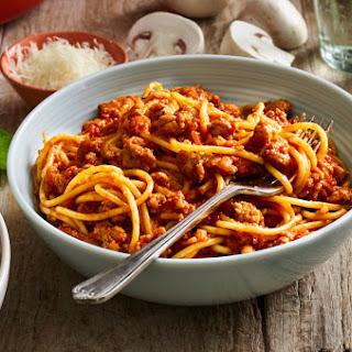 12-Minute Spaghetti and Mushroom Bolognese Recipe