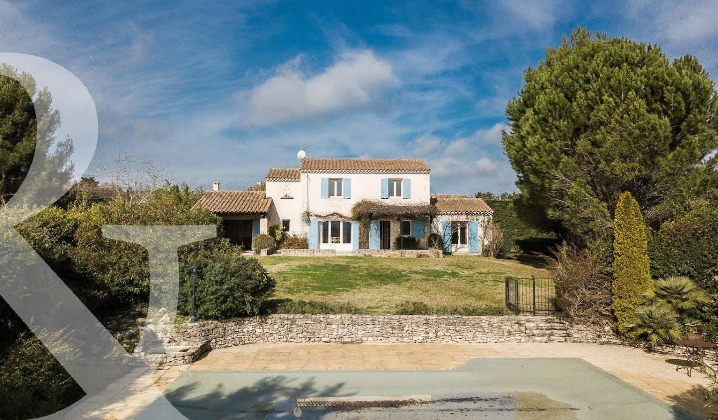 Property with pool Saint-Rémy-de-Provence