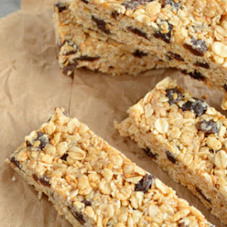 Oatmeal Raisin Cookie Granola Bars