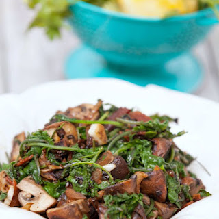 Healthy Garlic Kale and Mushroom Stir Fry