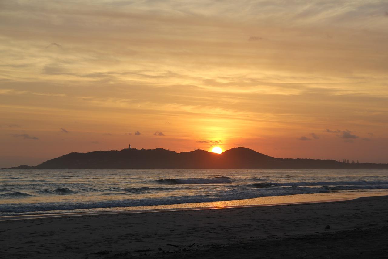 sunrise-451783_1280 (1).jpg