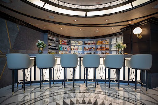 Head to the Chartreuse Bar on Seven Seas Splendor for a wide assortment of specialty cocktails.