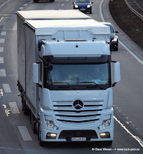 Photo: White New Actros  ----->   just take a look and enjoy www.truck-pics.eu