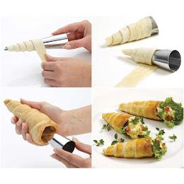 Set 12 forme conice pentru prajituri