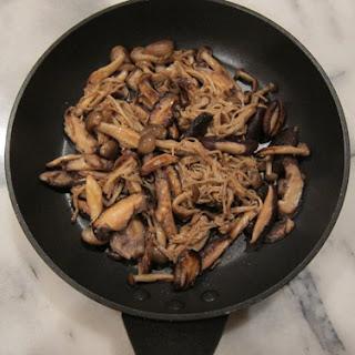 Toshikoshi Kinoko Soba, Japanese New Year's Eve Soba Noodles with Mushrooms