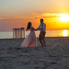 Wedding photographer Anna Abalyaeva (anna5342238). Photo of 24.08.2017