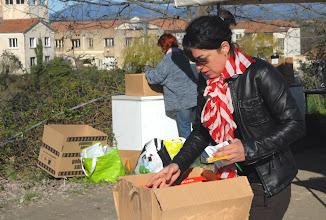 Photo: 1er Forum à la Transition énergétique & écologique - Collectif Ardèche - les 13/14 avril 2013 à Villeneuve-de-Berg 07 - Le village des Possibles avec Julliette - © Olivier Sébart