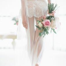 Wedding photographer Katerina Burdeeva (a-miks). Photo of 08.12.2015