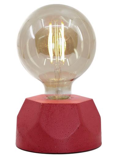 lampe en béton rouge design héxagone création  fait-main en atelier français par la créatrice Junny