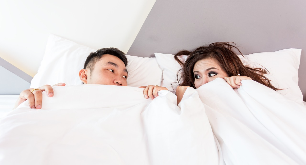 Struggles with Sharing a Bed? Solve Your Sleep Problems