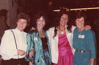 Photo: Vonne Spier, Gisela Sigmund, Denie Roggeveen en Puck Lans