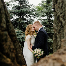 Wedding photographer Yuliya Bulynya (Bulynya). Photo of 23.08.2017
