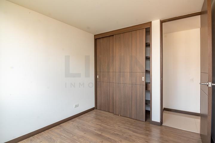 apartamento en arriendo el chocho 494-3220