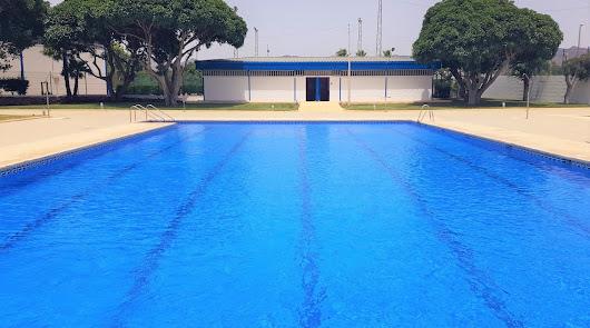 Las piscinas municipales vuelven al Levante y el Almanzora con medidas más laxas